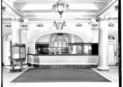 7-historic-b_w-lobby-food-counter-min