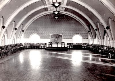 16-historic_b_w-pic-of-ballroom-min