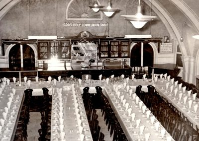 22-historic_12-b_w-ballroon-chapel-setup-for-dinner-function-min