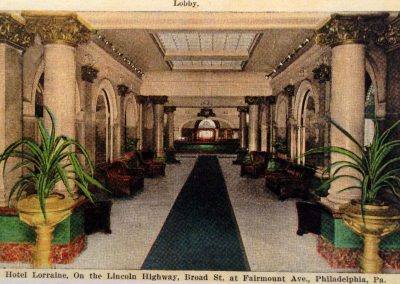 3-historic-color-news-clip-picture-of-lobby-min