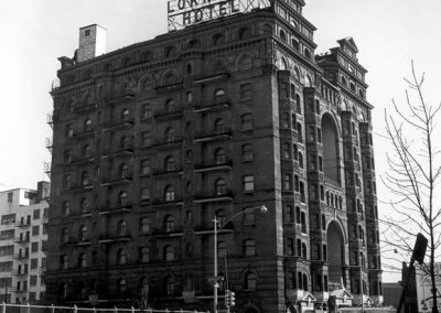 39-historic_21-b_w-full-side-angle-view-of-exterior-with-full-signage-min