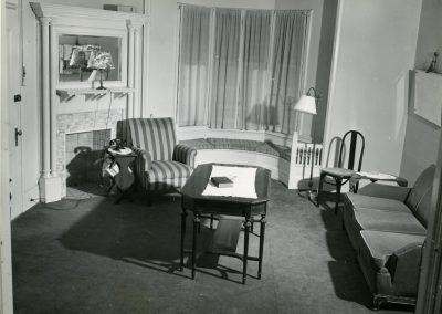 57-historic_41-b_w-sitting-room-min